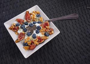 Co warto jeść na śniadanie, żeby mieć dużo energii oraz sił? | kielkismaku.pl