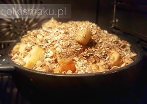 Crumble z jabłkami i orzechami | kielkismaku.pl