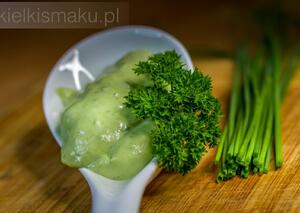 Zielony majonez domowy (szczypiorkowy) | kielkismaku.pl