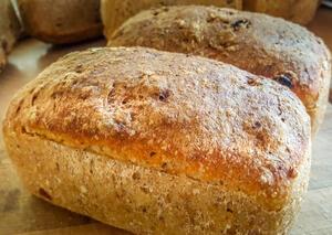 Chleb ziarenka smaku z żurawiną | kielkismaku.pl
