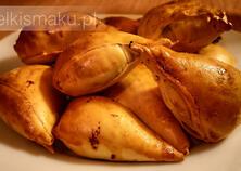 Burekas z pomidorami, bakłażanem i mozzarellą | kielkismaku.pl